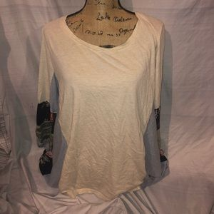 Style & Co ivory and flower shirt size 2X